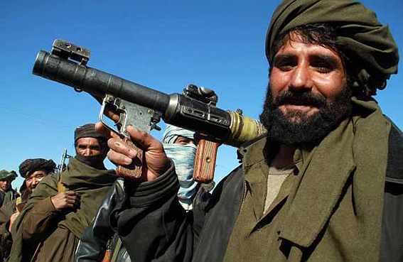حظر التجوال في بهاكر الباكستانية  لوقف الاشتباكات بين جماعتين متطرفتين