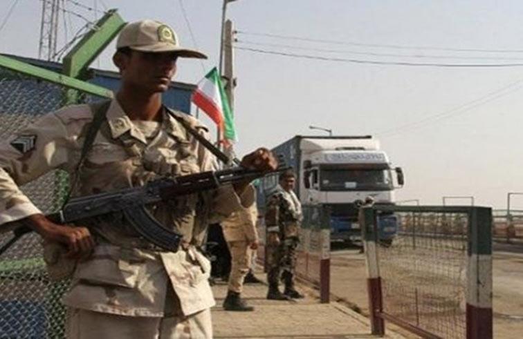 مقتل 8 عسكريين ايرانيين قرب الحدود الباكستانية