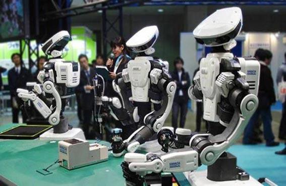 الروبوتات قد تحتل نصف الوظائف