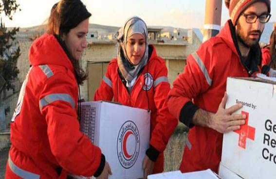 الصليب الأحمر في غزة يتضامن مع الصيادين الفلسطينيين