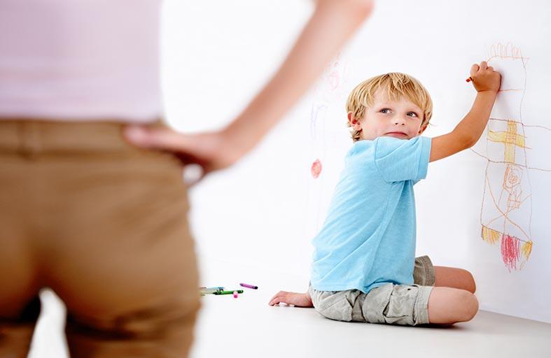 كيف تتعامل مع الطفل صعب المراس؟
