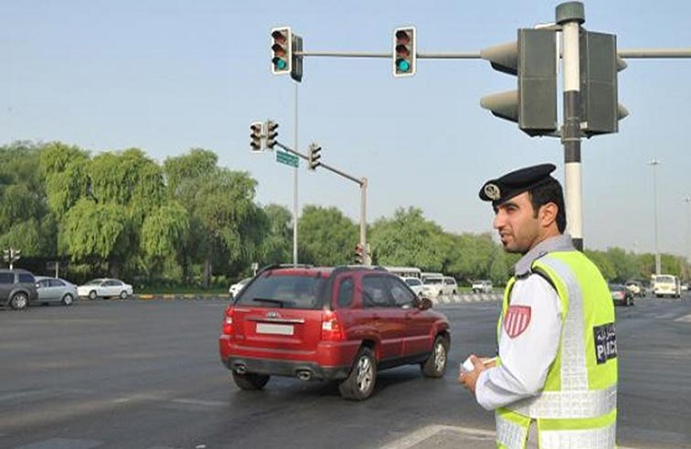 شرطة أبوظبي تلغي قرار تخفيض نسبة 50 في المائة من قيمة المخالفات المرورية اعتبارا من أول أغسطس