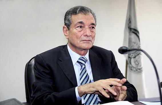 فاروق شوشه يطالب بالاهتمام بالنظام التعليمي للتصدي للتحديات التي تواجهها اللغة