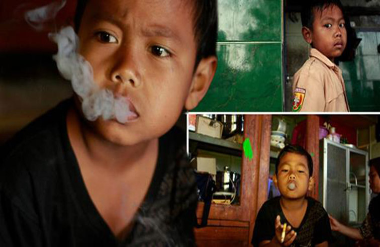 ابن السابعة يدخن 16 سيجارة يومياً