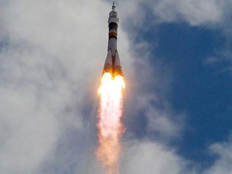 مليارات الدولارات لتطوير صناعة الفضاء بروسيا