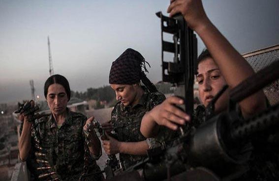امرأة تقود المقاتلين الأكراد في عين العرب