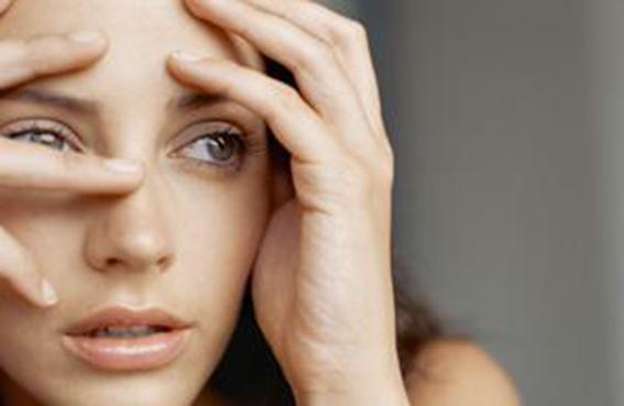 10 وسائل فاعلة لتتخلّص من مخاوفك