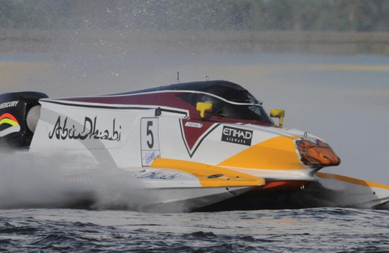 كورنيش أبوظبي يستضيف منافسات الجولة الخامسة من بطولة العالم لسباق الفورمولا1 الخميس