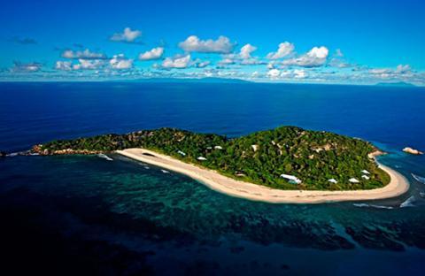 جزيرة سيشل ساحرة بجمالها